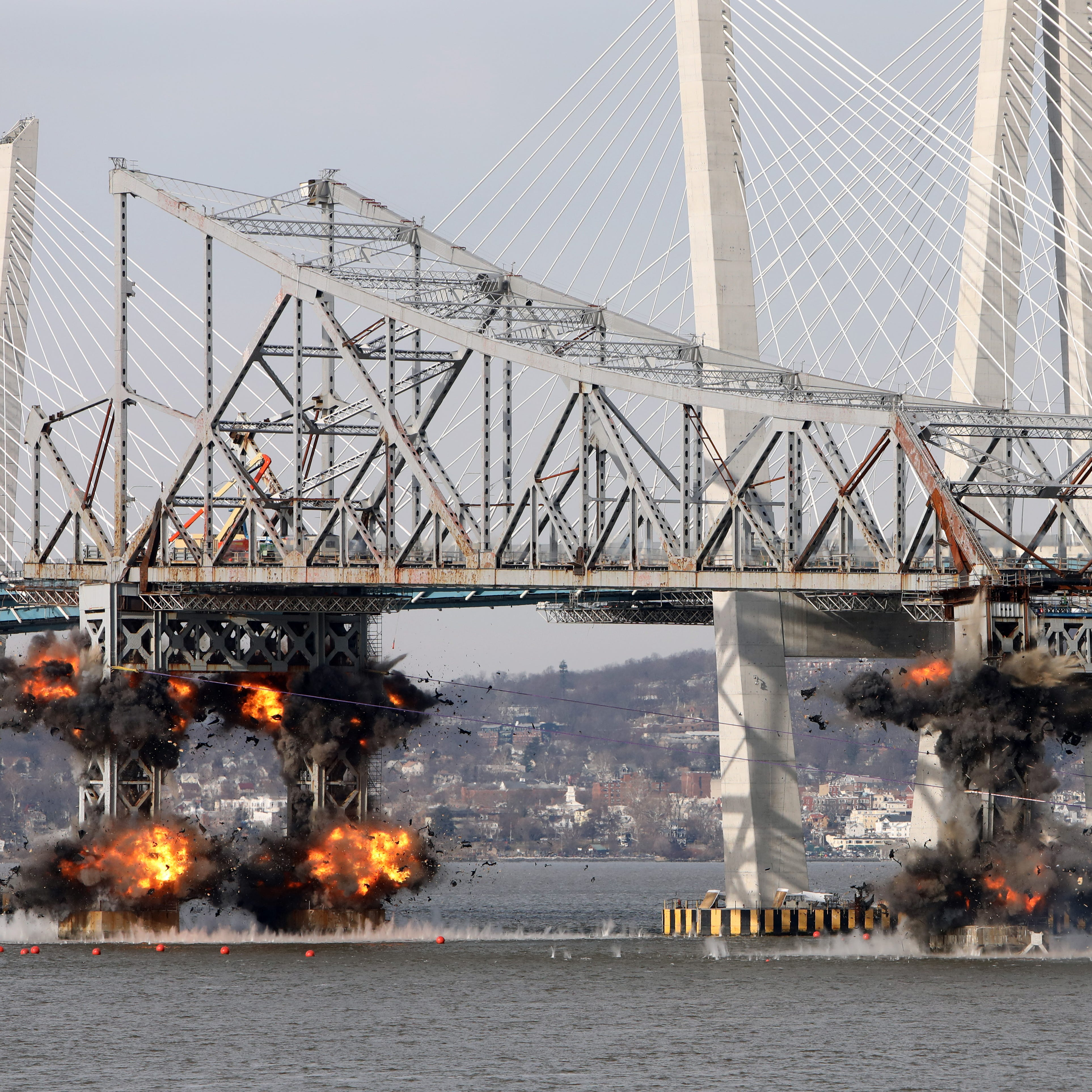 Tappan Zee Bridge comes down in a flash; video