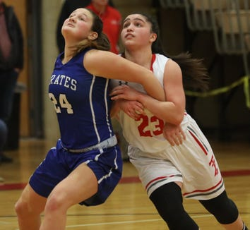 Tappan Zee defeats Pearl River 54-53 during girls basketball game at Tappan Zee High School in Orangeburg on Jan. 14, 2019.