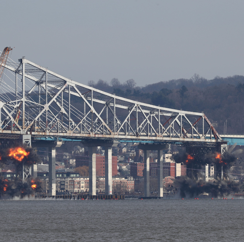 Cuomo Bridge, Thruway reopen after Tappan Zee Bridge demolition