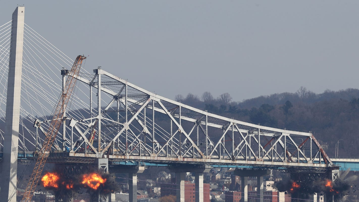 Cuomo Bridge, Thruway reopen after Tappan Zee Bridge demolition