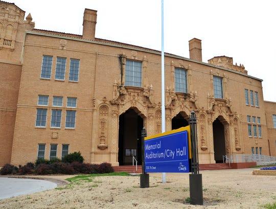 The Wichita Falls City Hall and Memorial Auditorium building