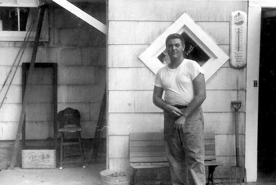 Bob Manzke outside Mokena, Illinois farmhouse in the 1960s.