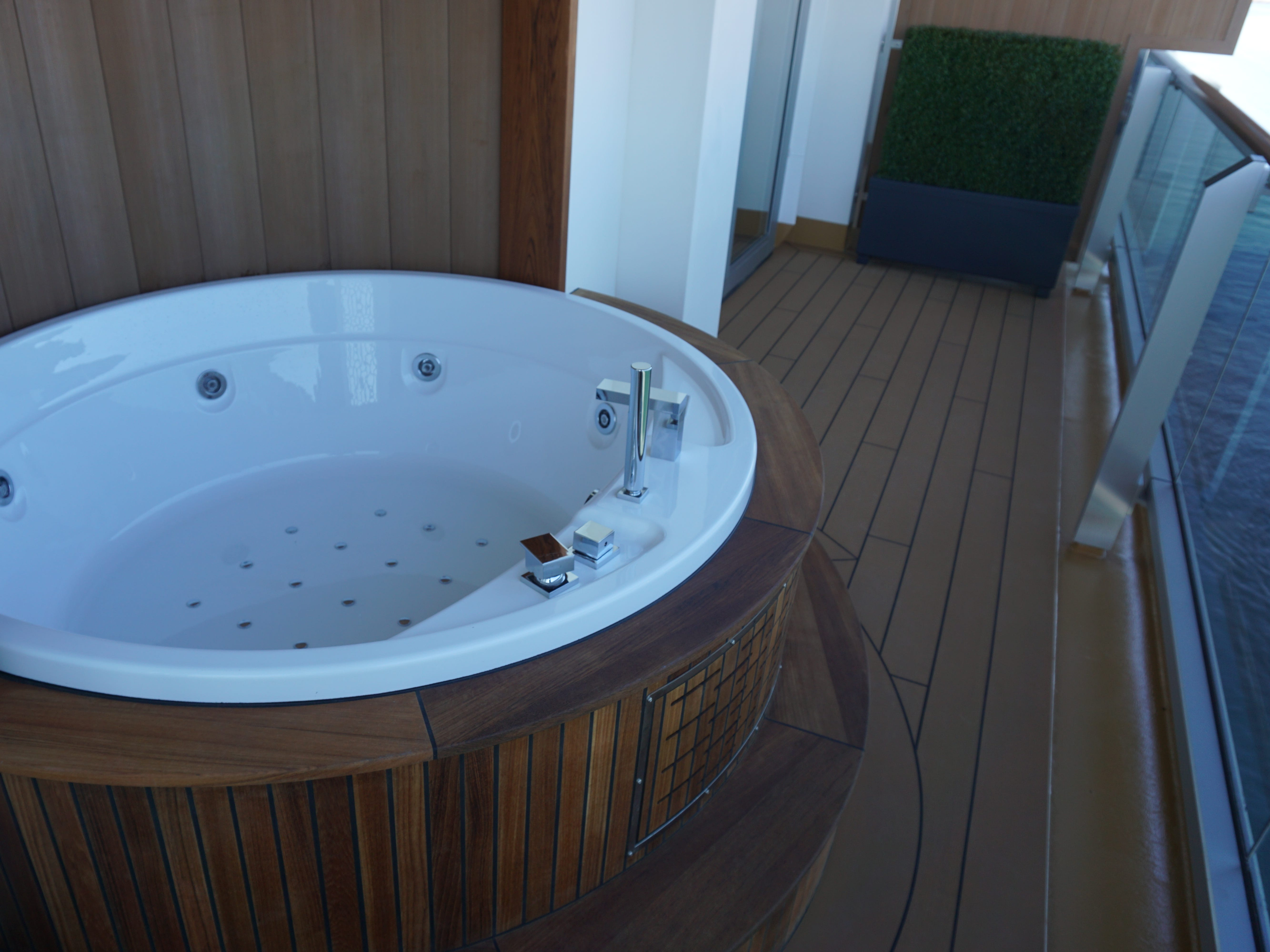 The Pinnacle Suite's balcony also has a private Jacuzzi tub.
