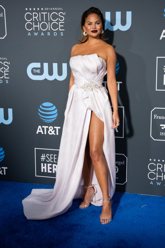 Chrissy Teigen opens up about struggling with body image