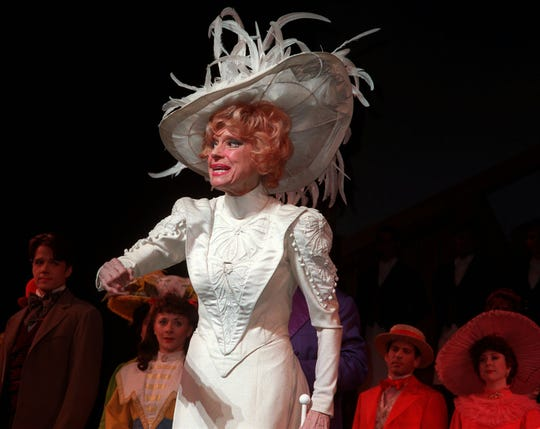 Carol Channing thanks the audience during her curtain call after the matinee performance of ``Hello, Dolly!' at Broadway's Lunt-Fontanne Theater in New York Wednesday Jan. 10, 1996.  Channing is celebrating her 4,500 performance of the legendary show.  (AP Photo/Aubrey Reuben)