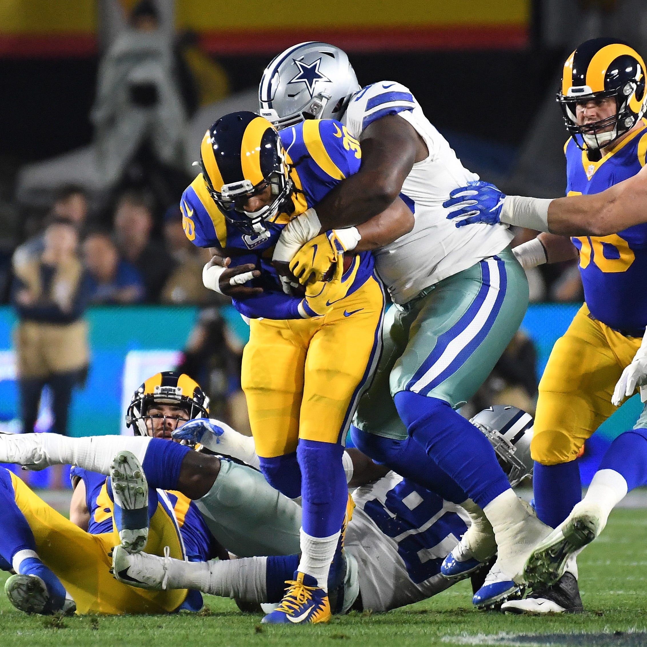 Jerry Jones believes Dallas Cowboys' defense had a tell vs. Los Angeles Rams
