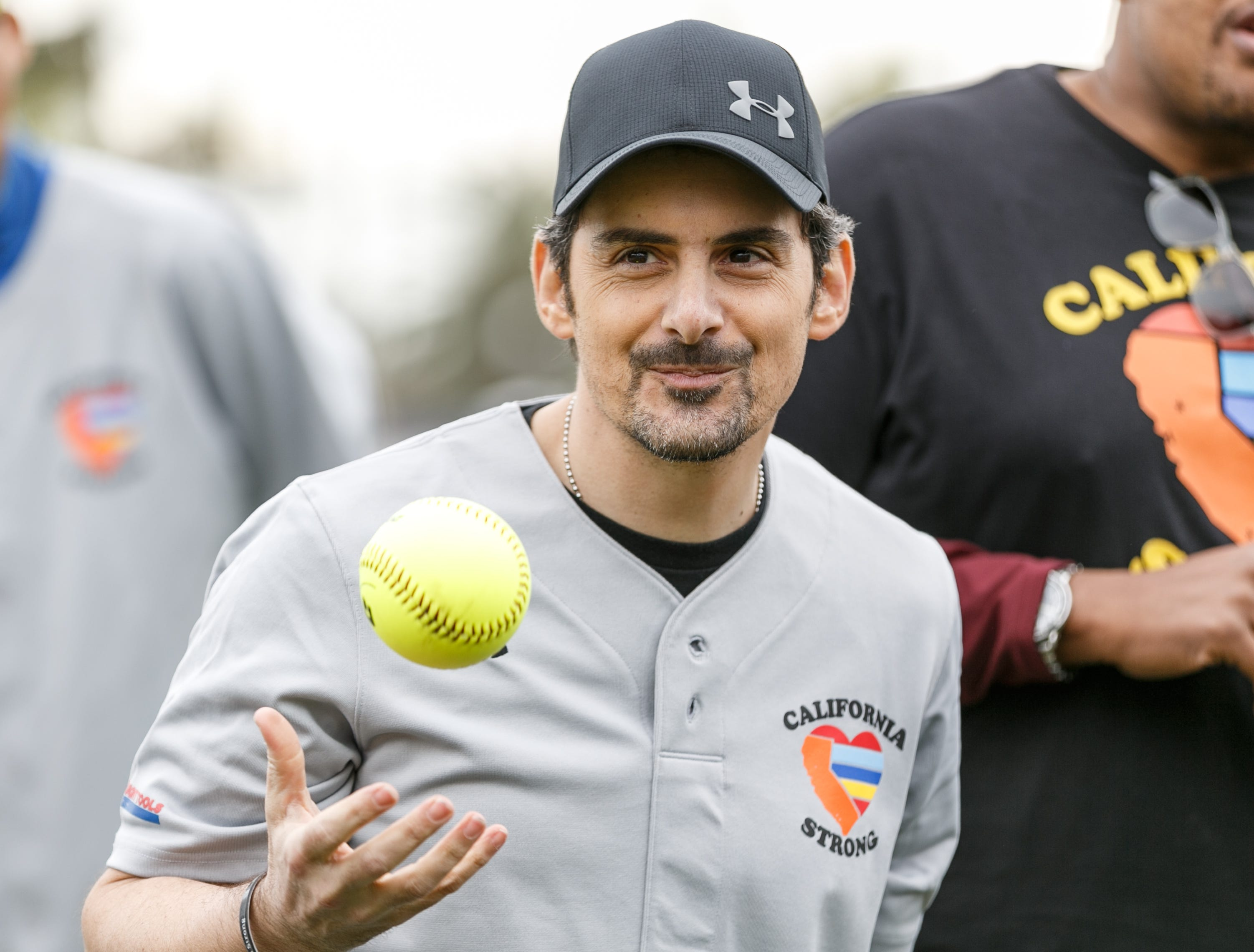 "MALIBU, CALIFORNIA - JANUARY 13:  Brad Paisley attends a charity softball game to benefit ""California Strong"" at Pepperdine University on January 13, 2019 in Malibu, California. (Photo by Rich Polk/Getty Images for California Strong) ORG XMIT: 775276797 ORIG FILE ID: 1093819478"