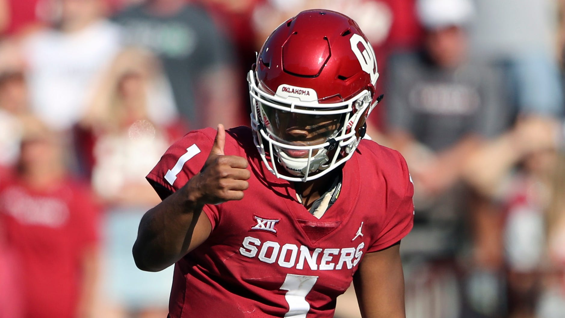 It's still unclear whether Kyler Murray will pursue football or baseball, but the Heisman Trophy winner has made himself available for the NFL draft.