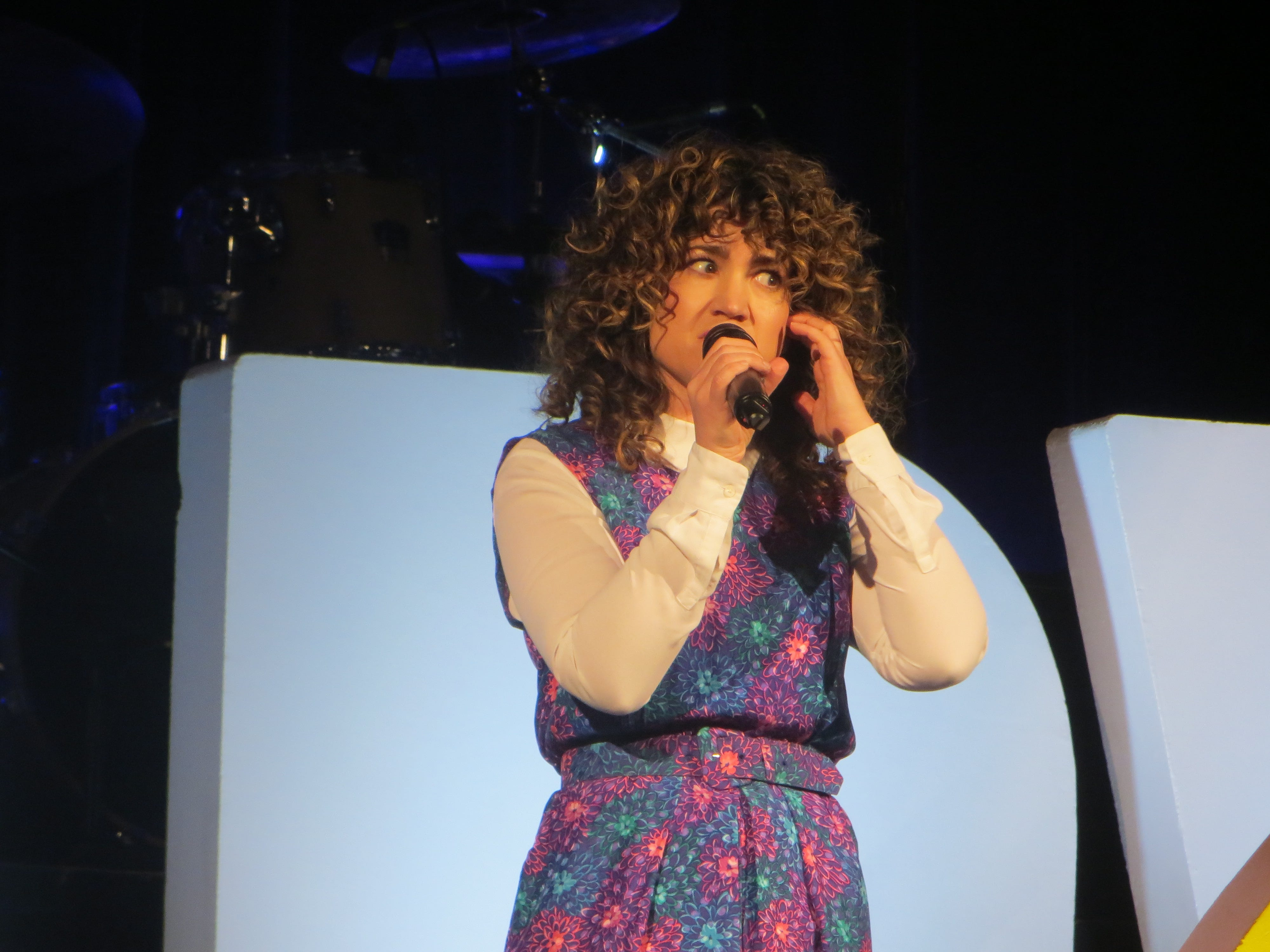 "Sarah Stiles sings a song from the upcoming ""Tootsie"" during the First Look at BroadwayCon 2019, held Jan. 11 to 13, 2019, at the New York Hilton Midtown in Manhattan."