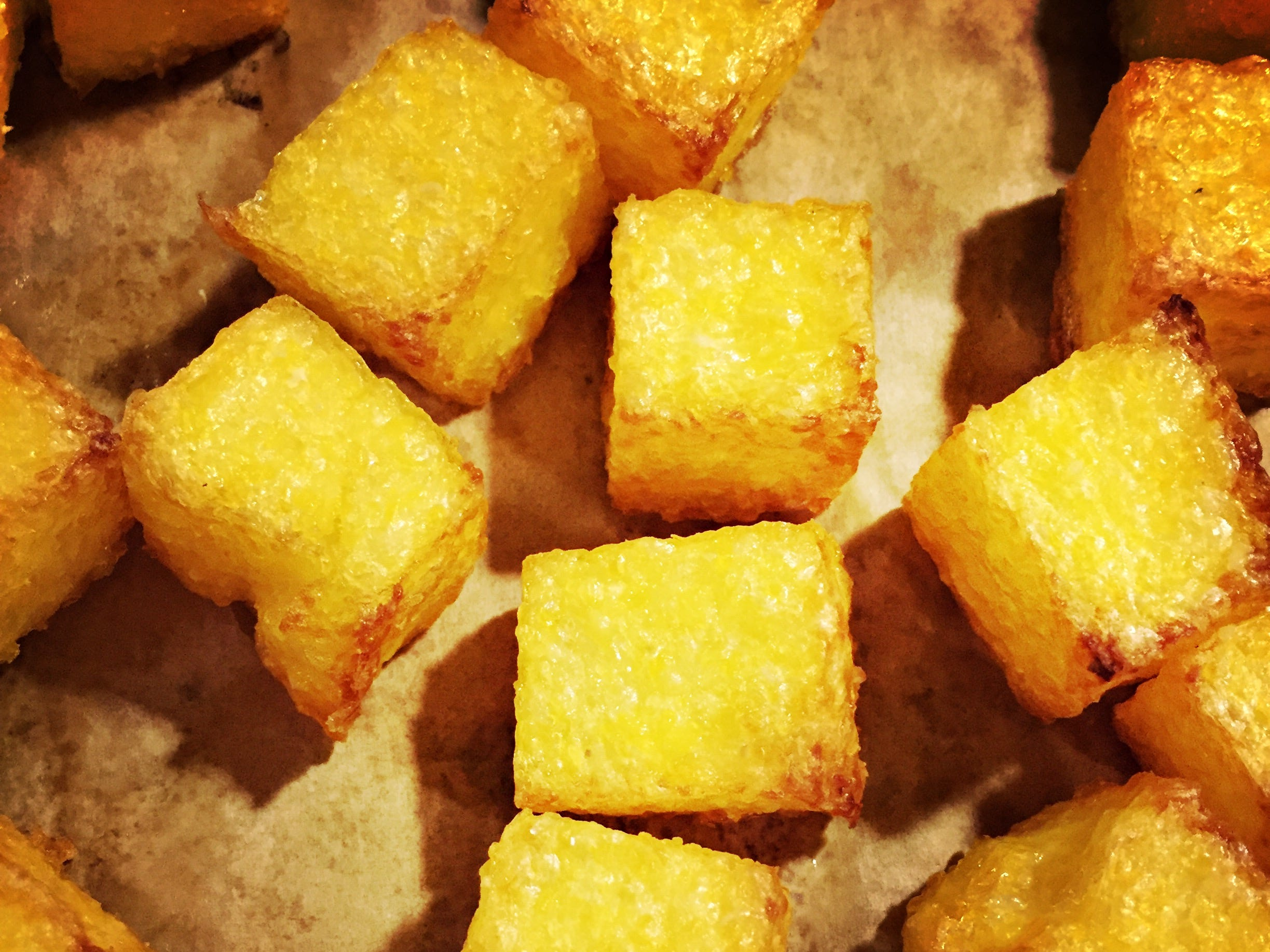 Golden brown polenta is ready to eat.