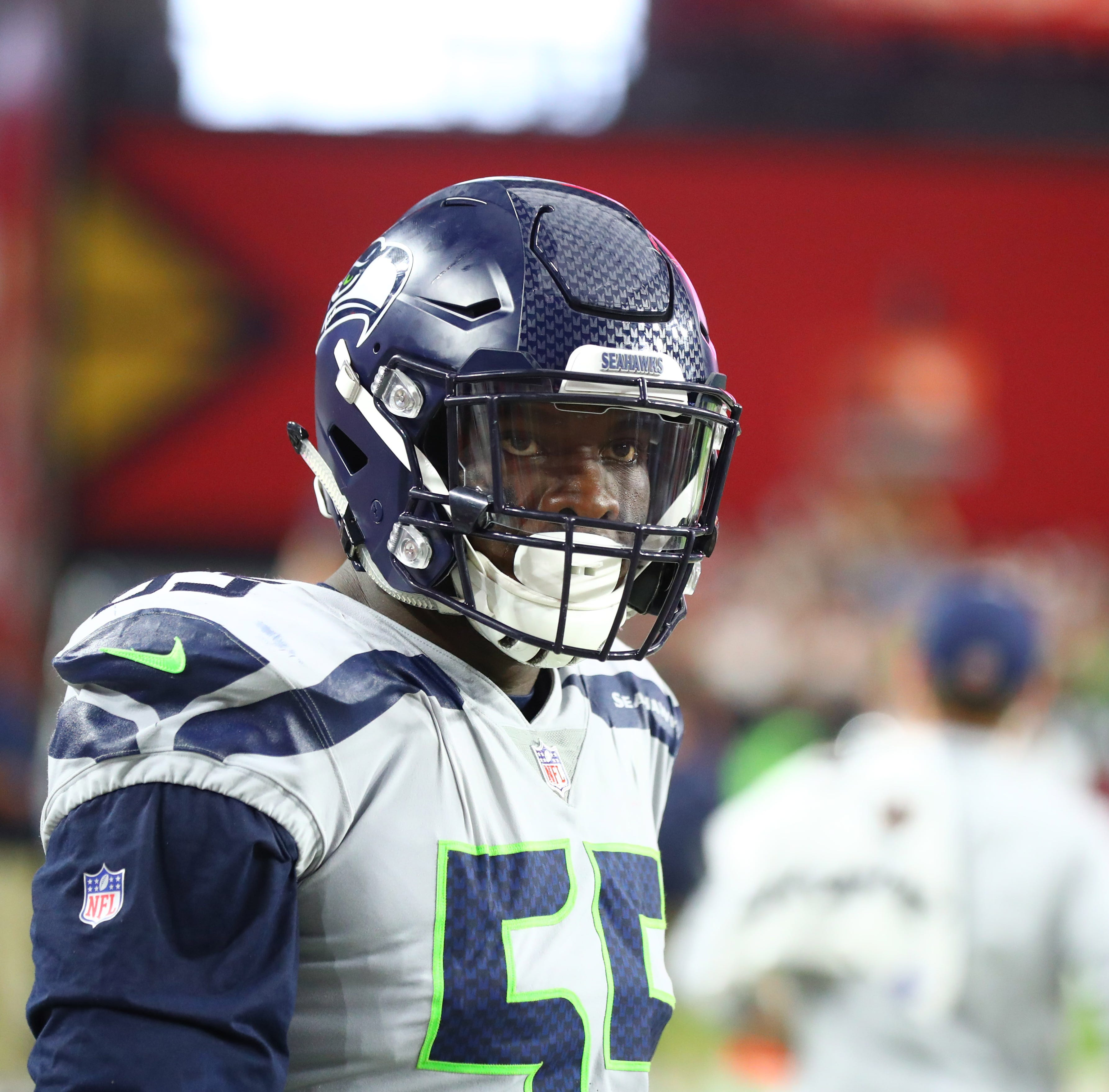 AP Source: Frank Clark headed to Chiefs for 1st-round pick