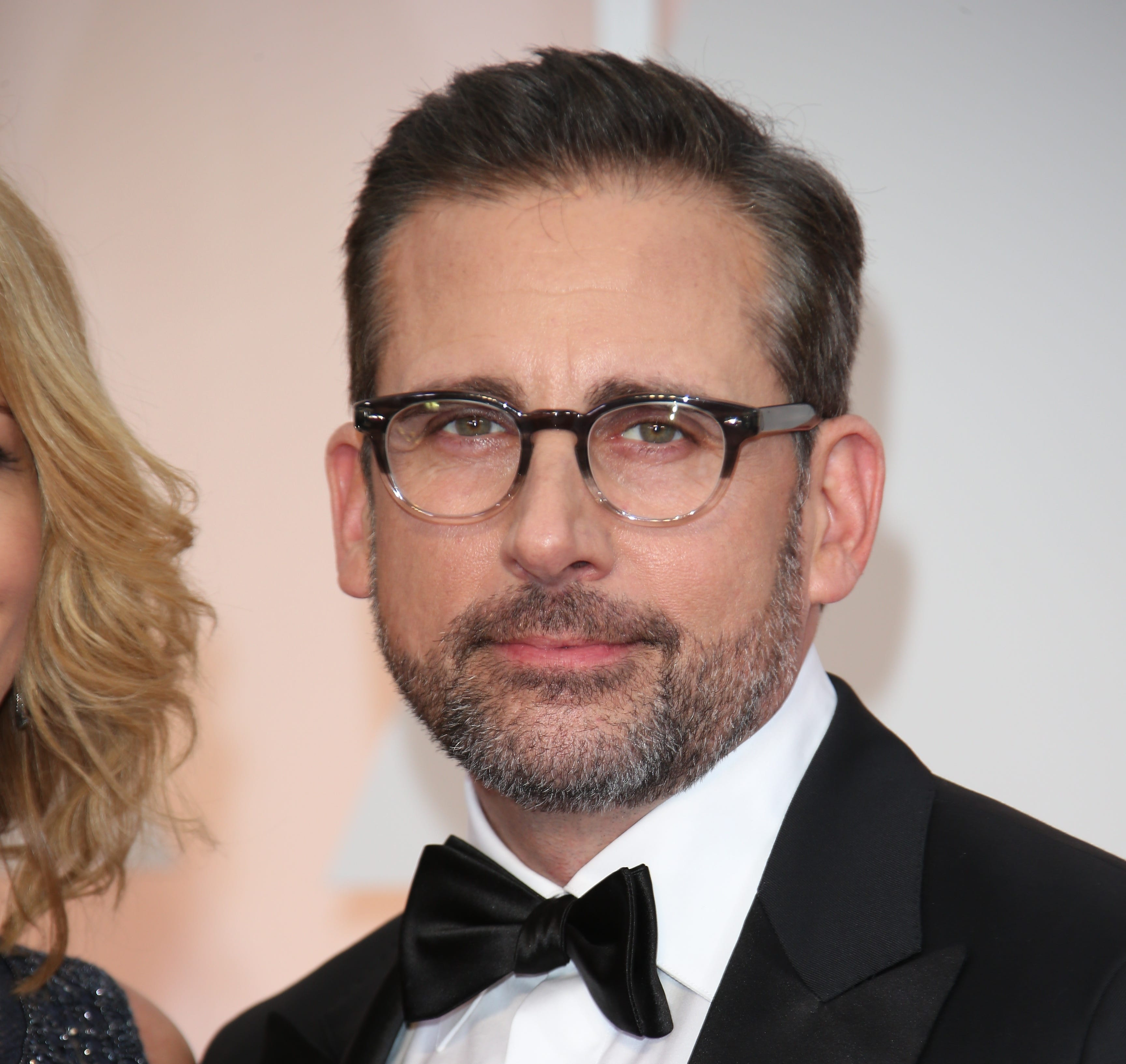 Steve Carell arrives at the 87th annual Academy Awards at the Dolby Theatre.