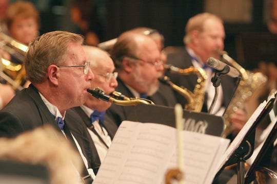 """Get ready to give to snap your fingers to the tunes you'll hear at """"Jazz Up the New Year,"""" back-to-back free concerts presented by the Melbourne Community Orchestra and Melbourne Municipal Band's Swingtime jazz ensemble."""