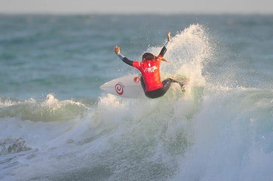 Surfer Brisa Hennessy