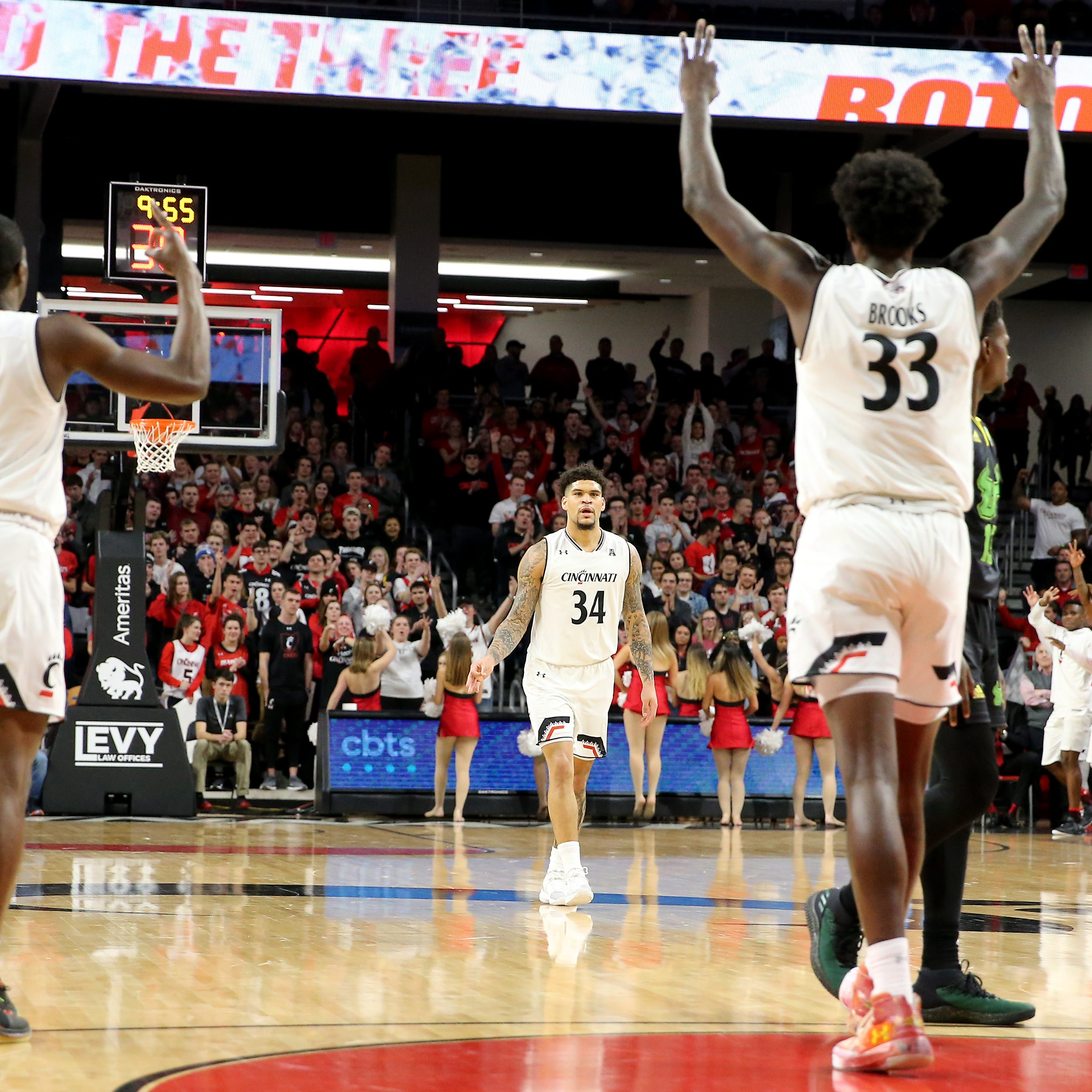 Jarron Cumberland's career night helps UC beat South Florida