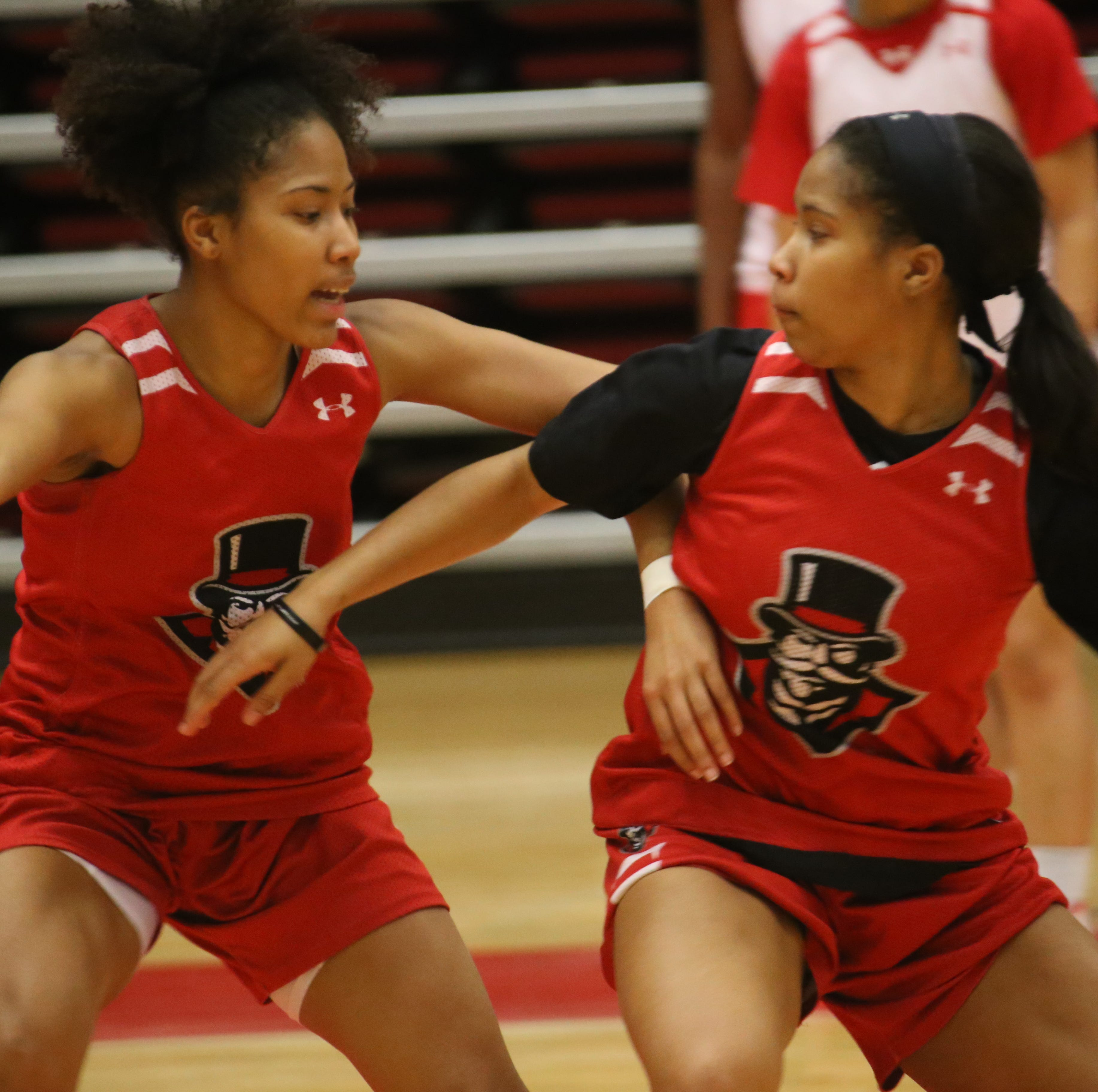 Austin Peay's Ferby twins remain connected through college basketball
