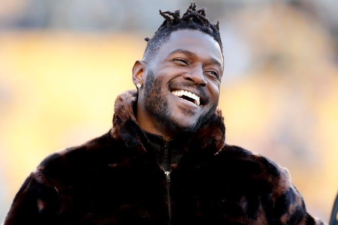 Steelers wide receiver Antonio Brown