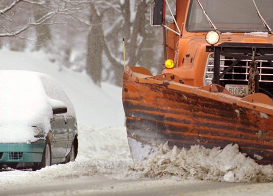 With a snowstorm coming this weekend, Southport officials remind residents not to park on the streets.