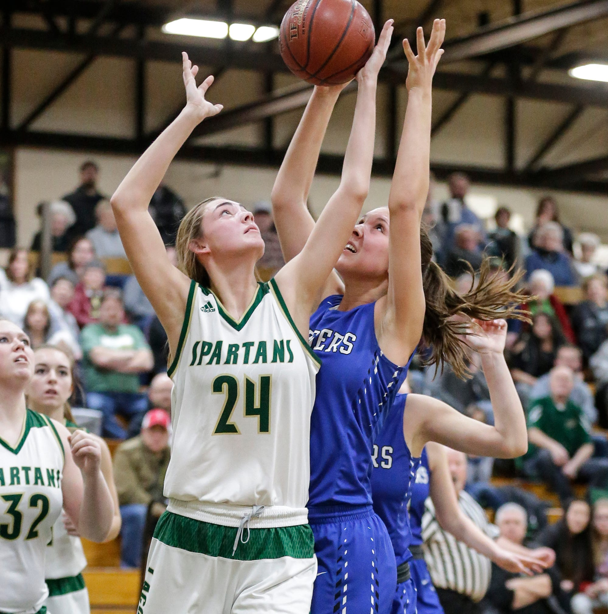High school basketball: Waupun boys, Laconia girls continue conference dominance