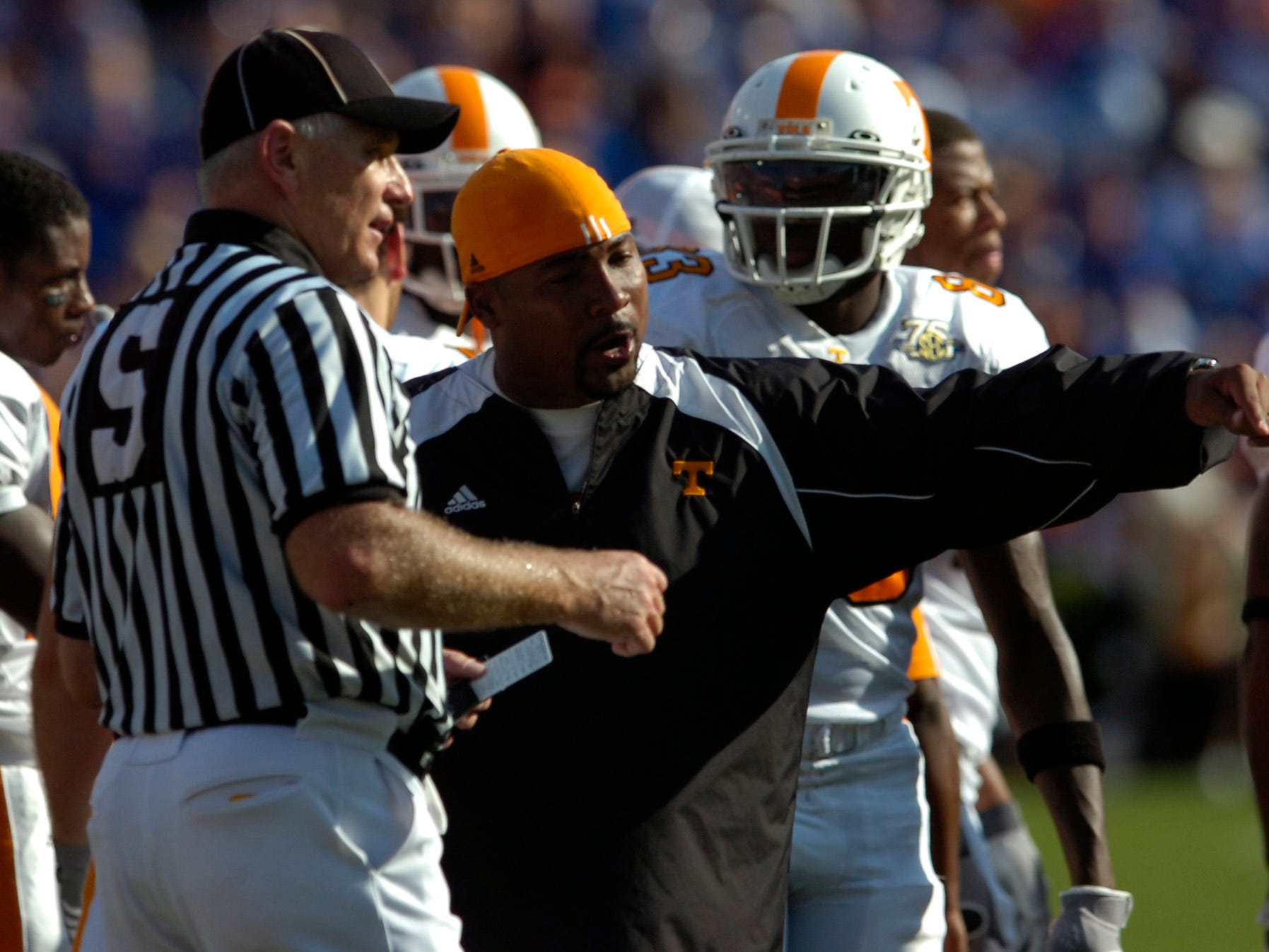 utfla.ASB#8410.jpg--SPORTS-- Tennessee coach Trooper Taylor inquires about a call during the Florida game. Florida won the game 59-20.