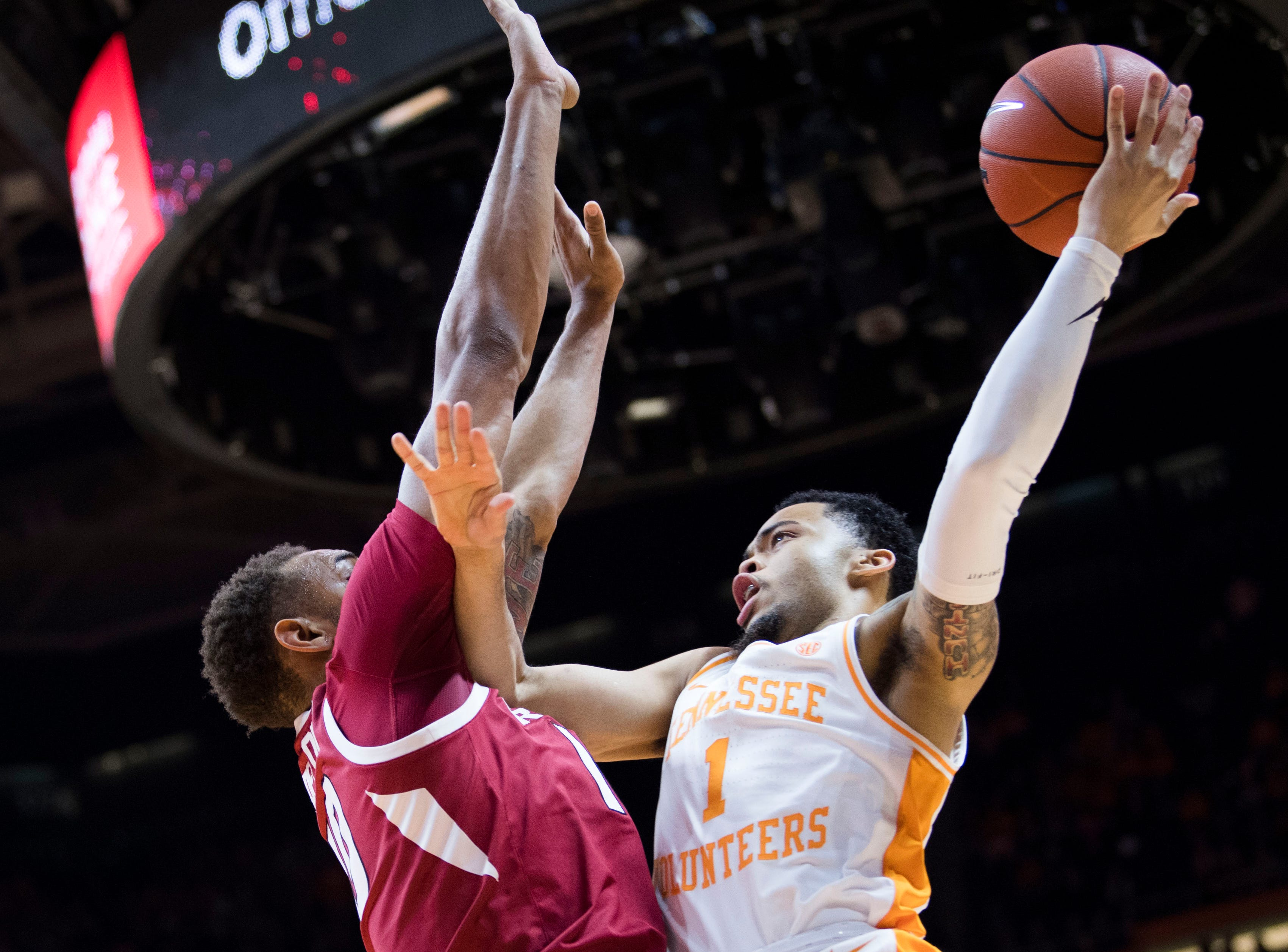 Tennessee guard Lamonte Turner (1) takes a shot during a NCAA men's basketball game between Tennessee and Arkansas at Thompson-Boling Arena Tuesday, Jan. 15, 2019.