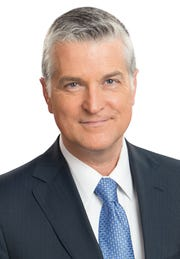 """Mike Gousha, a longtime presence on Milwaukee television, is wrapping up his 11-year hosting role on WISN-TV's """"Upfront."""""""