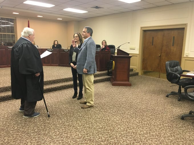 Re-elected Craig Hayes is sworn in as councilman in District 4 on Jan. 15, 2019.