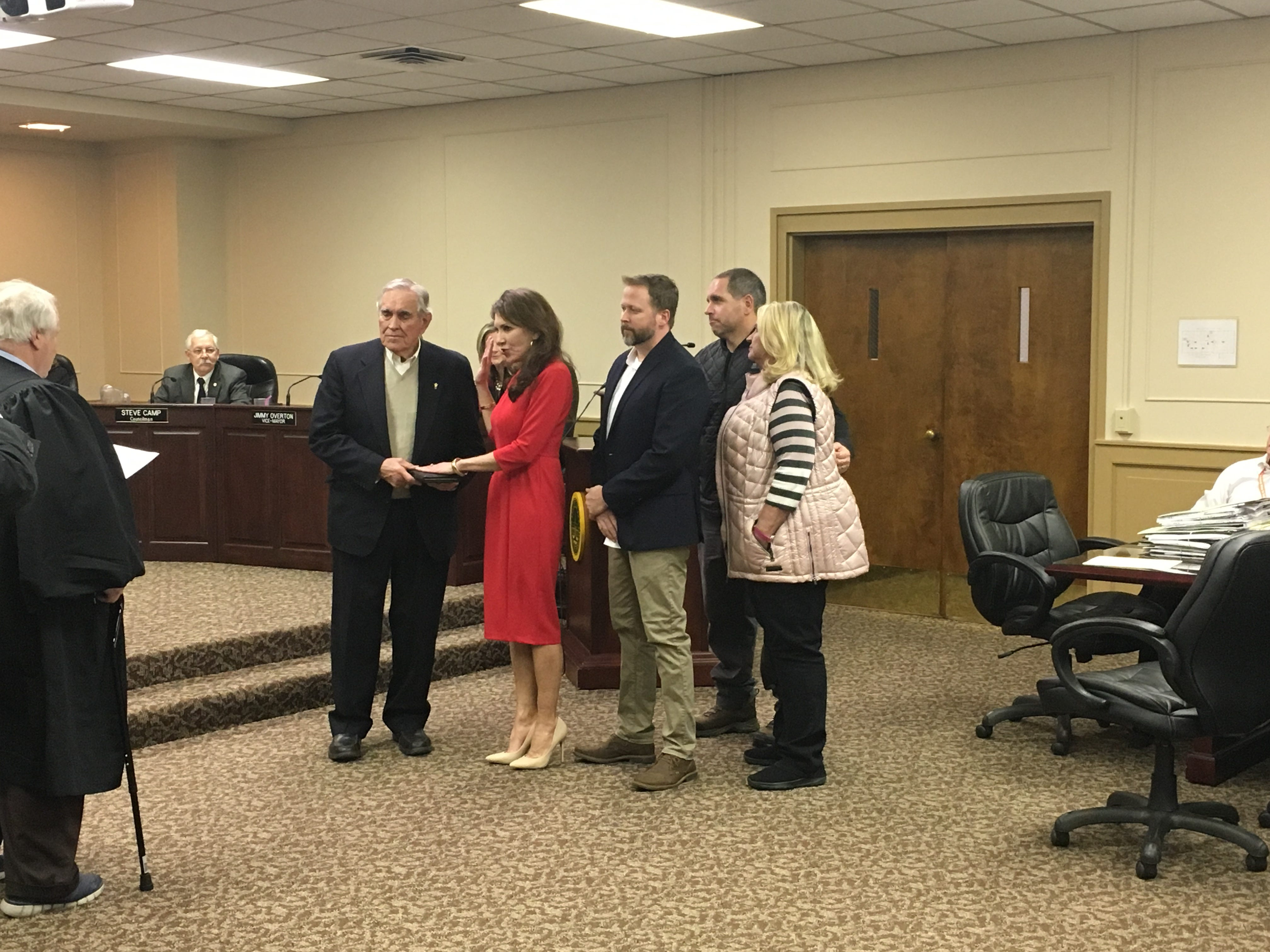 Paige Brown is sworn in as the Gallatin Mayor after winning re-election in 2018.