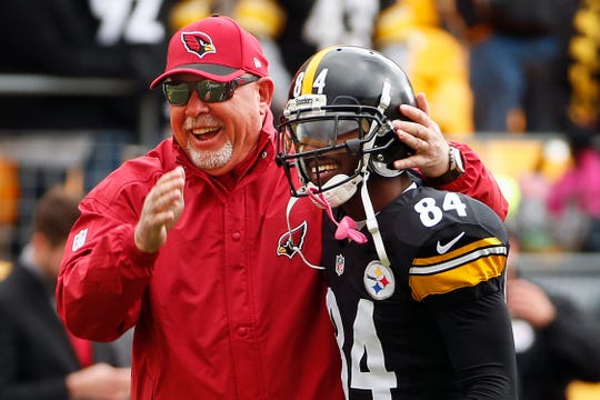 Bruce Arians and Antonio Brown don't seem to be smiling together now.