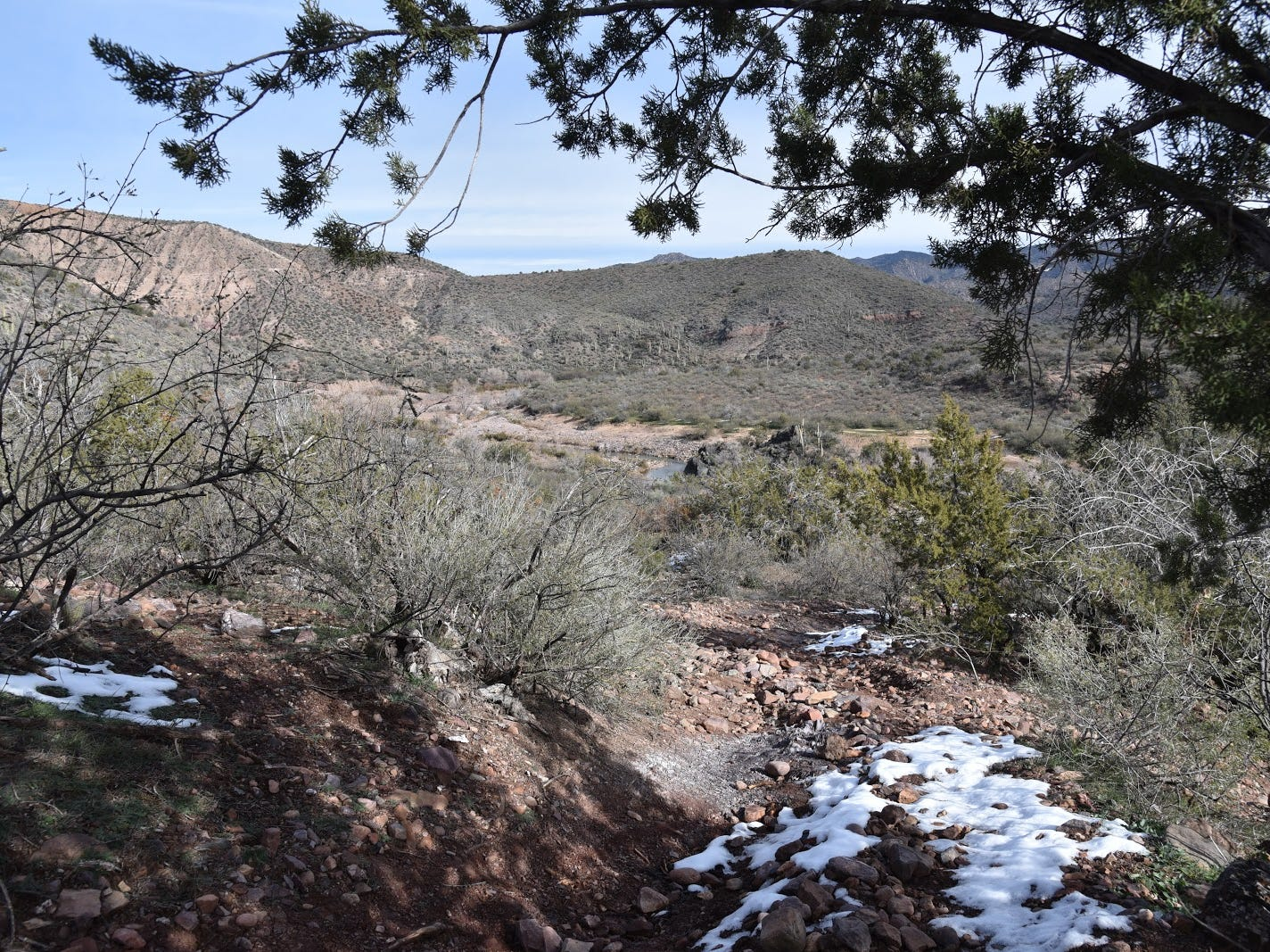 The descent to Tonto Creek is steep and rocky.