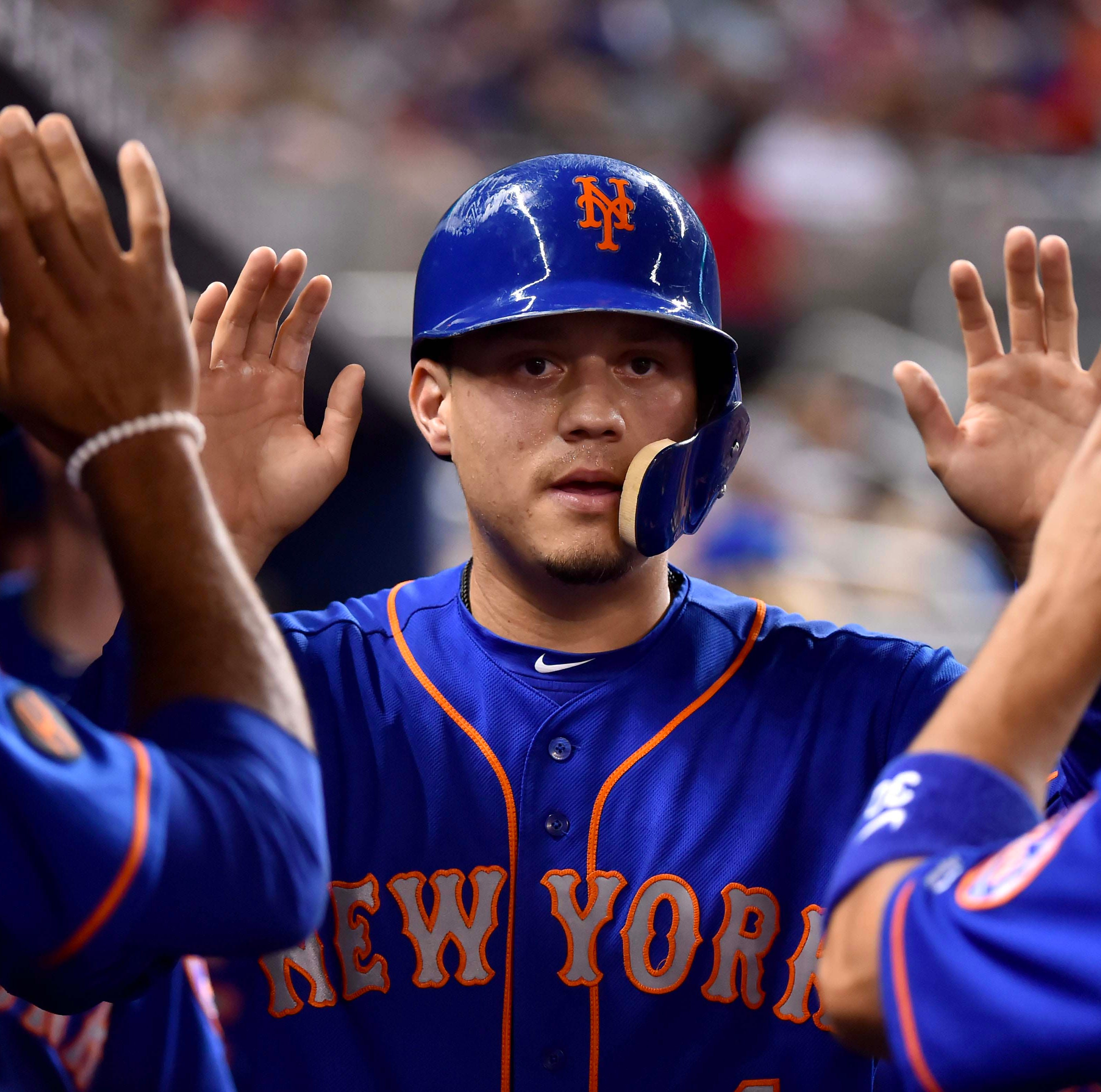 Diamondbacks agree to terms with former Mets infielder Wilmer Flores