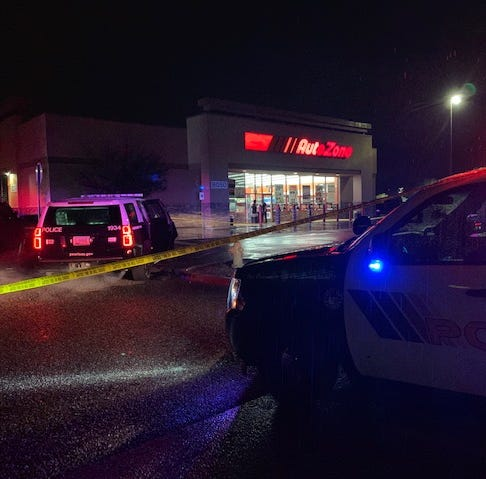 Armed robbery suspect shot by Peoria police was 17 years old