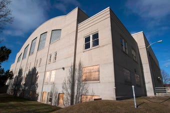 Sheboygan Armory gets 90-day reprieve from wrecking ball