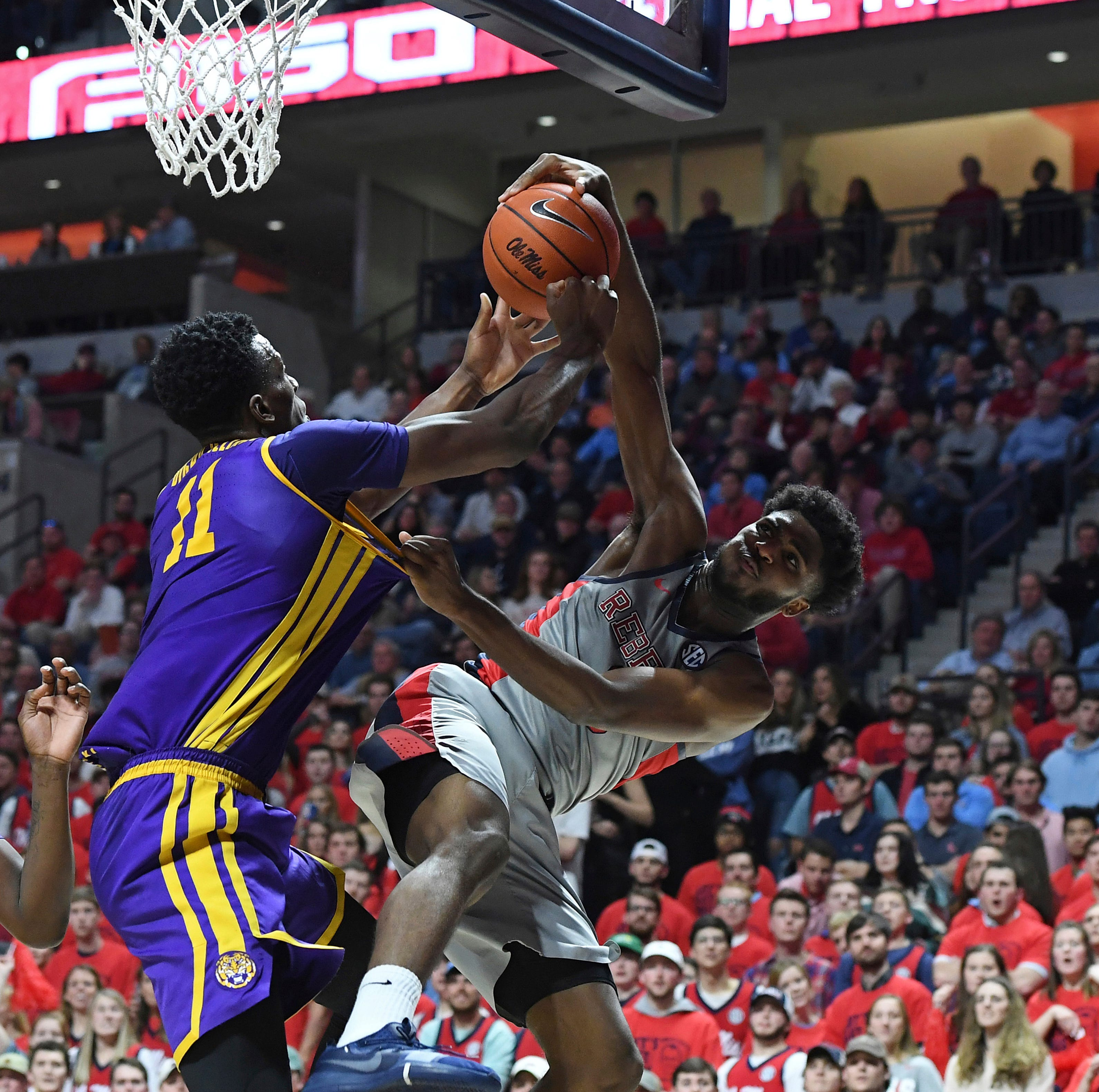 LSU cruises past No. 18 Ole Miss to improve to 3-0 in SEC play
