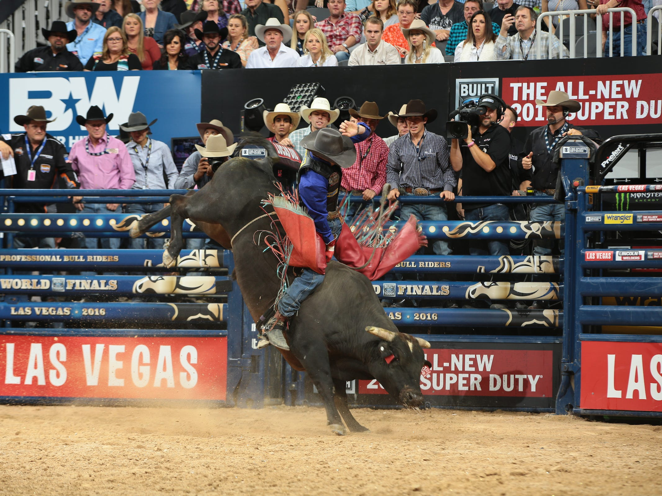 Mason Lowe attempts to ride D&H Cattle Company's High Test during the fourth round of the Built Ford Tough series PBR World Finals.