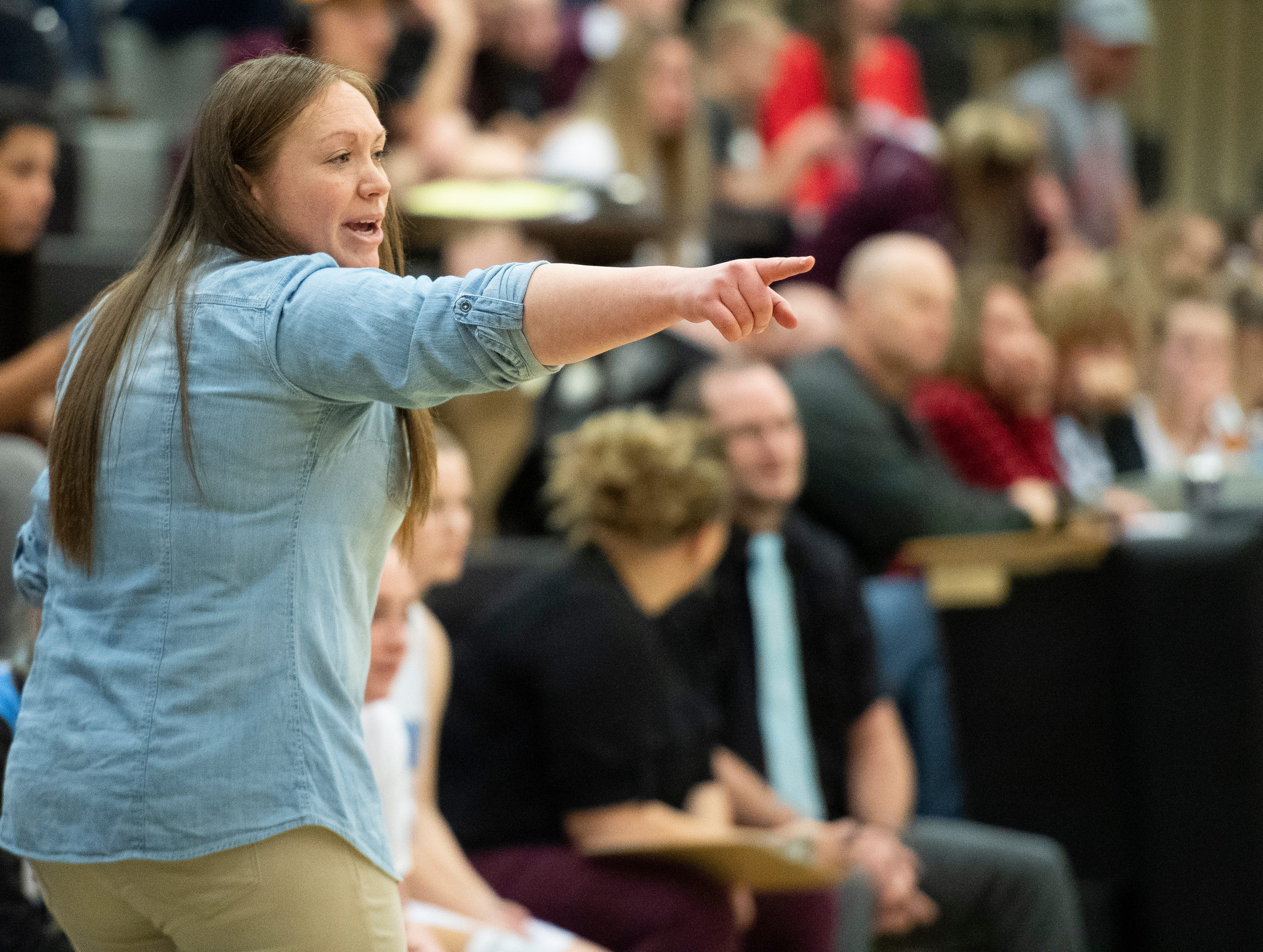 The Canyon View girls head coach Jaycee Barnhurst calls a play against Pine View at CVHS Tuesday, January 15, 2019. The CVHS Falcons won, 48-46.