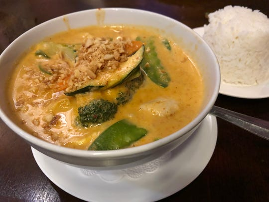 Roy's Panang Curry was filled with chicken and vegetables in a delicious peanut and coconut milk sauce.