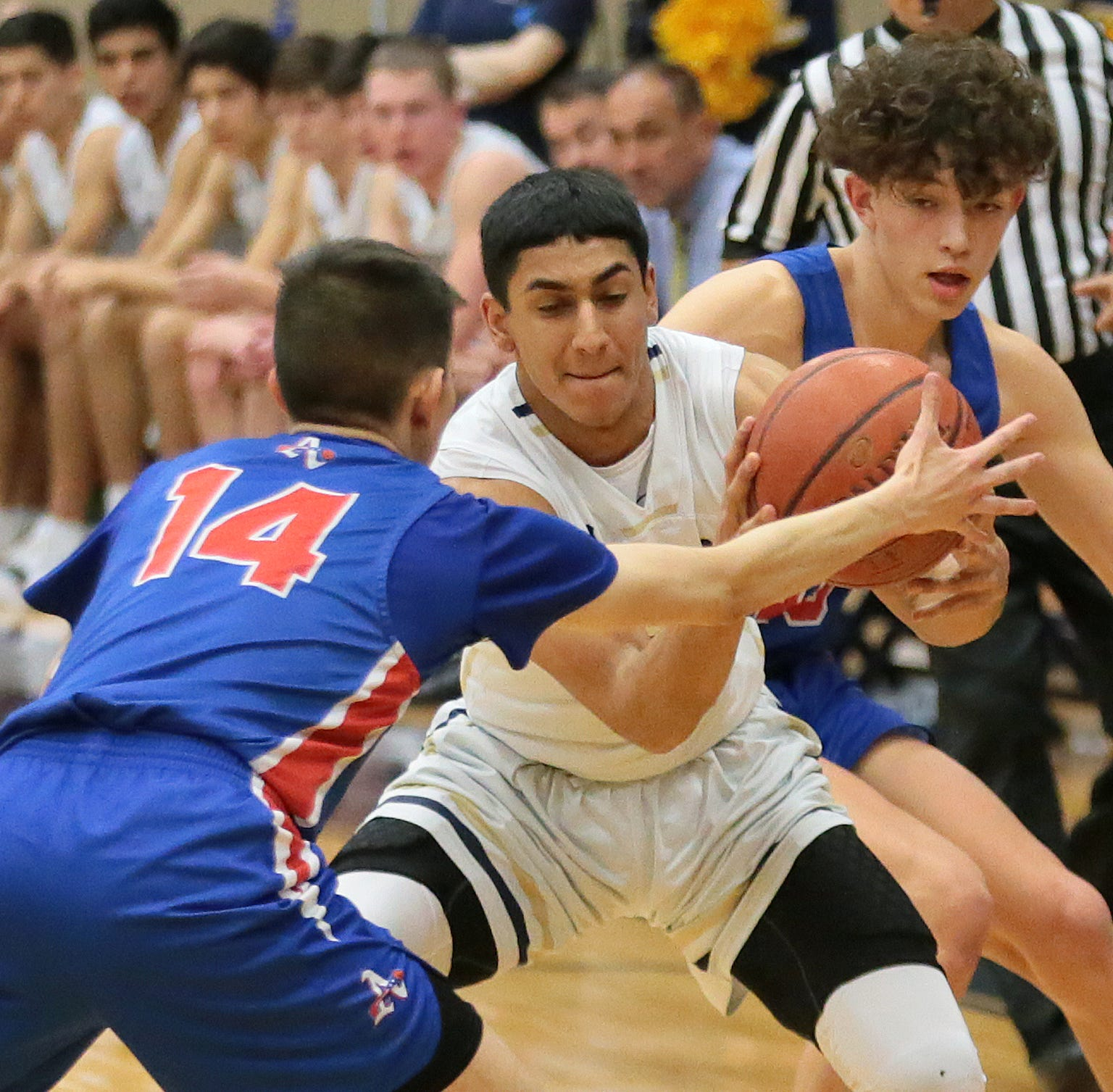 Americas staged an impressive come-from-behind win over Coronado Tuesday night 56-52 at Coronado High School.
