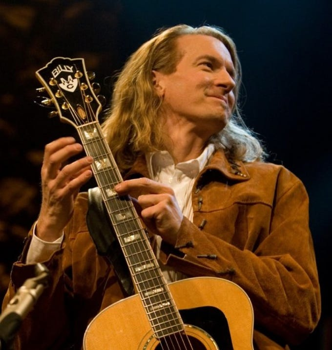 The Santa Paula Concert Series presents Billy McLaughlin on Saturday.