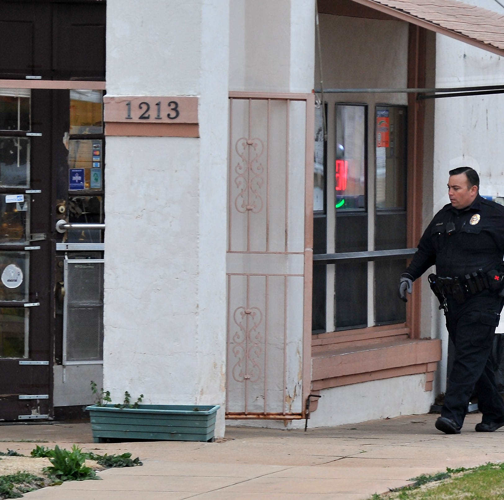 Wichita Falls PD: Downtown Mexican bakery robbed at gunpoint; suspects flee with cash