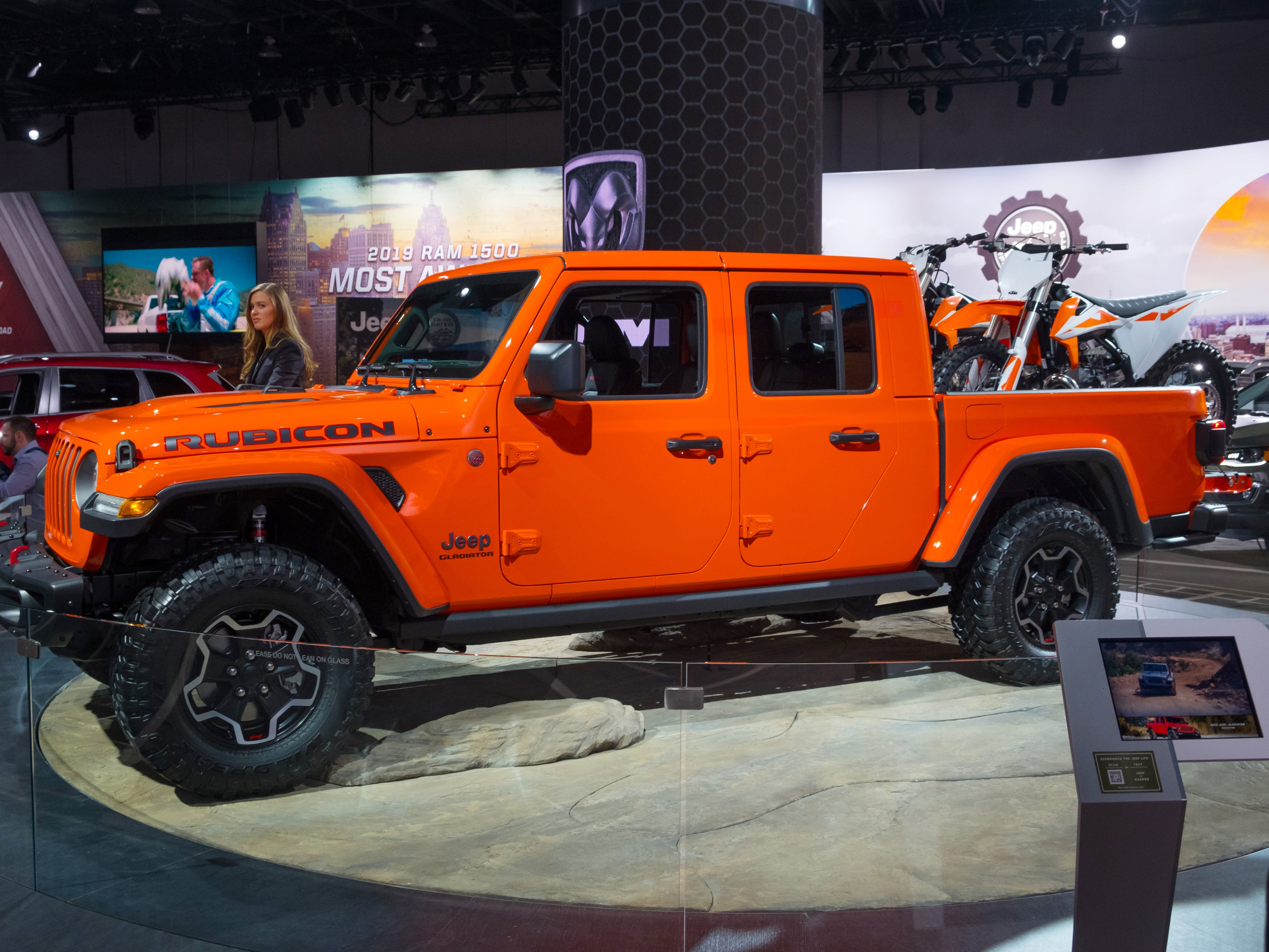 A 2020 Jeep Gladiator sits on the stage during the 2019 North American International Auto Show held at Cobo Center in downtown Detroit on Tuesday, Jan. 15, 2019.  (Via OlyDrop)