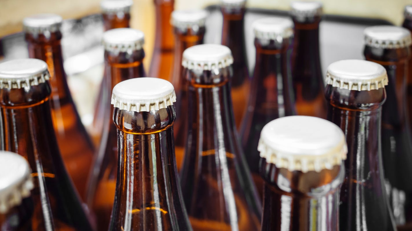 96 bottles of beer in the car: Man reportedly steals 4 cases of beer from CVS