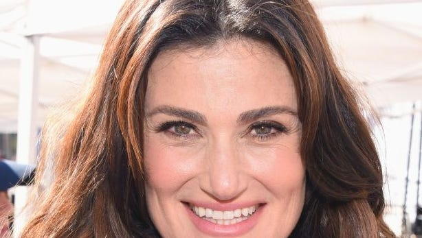 Idina Menzel joins '#badmoms' who forgot tooth fairy, supportive parents come to the rescue