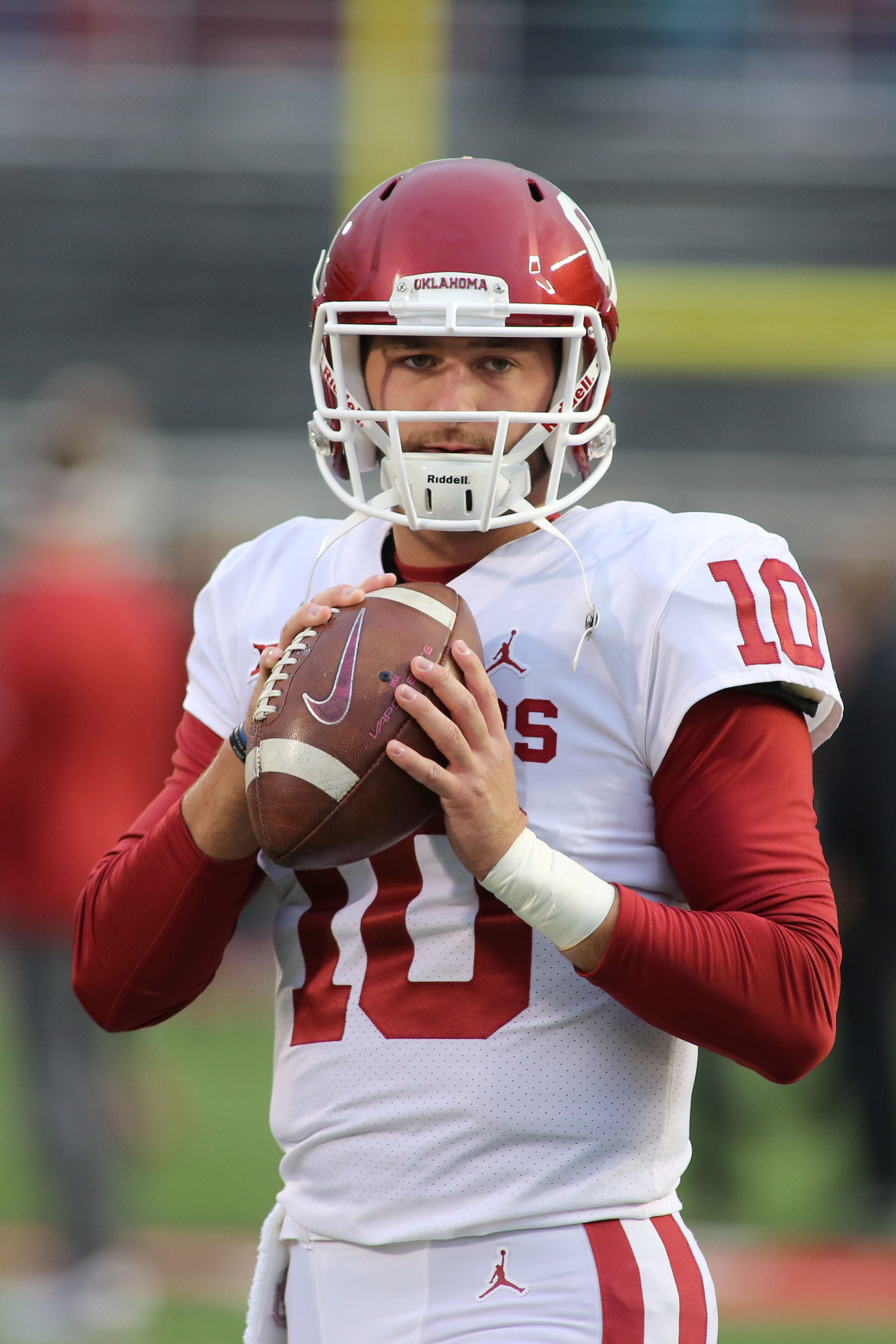 Oklahoma will grant QB Austin Kendall's transfer, now immediately eligible at West Virginia