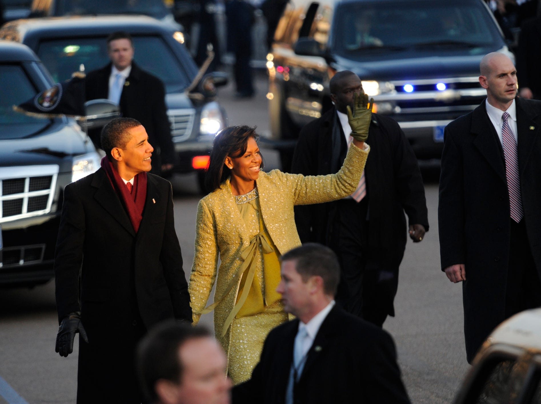 1/20/2009 Washington, DC, U.S.A  -- The President of the United States Barack Obama and Michelle Obama during the Inaugural Parade January 20, 2009. Some images are of people along the parade route.  Photo by Jud McCrehin, USA TODAY Staff  (Via OlyDrop)