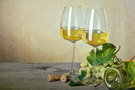 These white wines will go great with your Thanksgiving dinner.