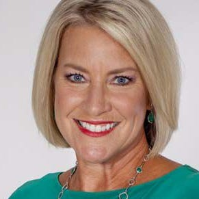 WLWT says longtime anchor Lisa Cooney will retire in April