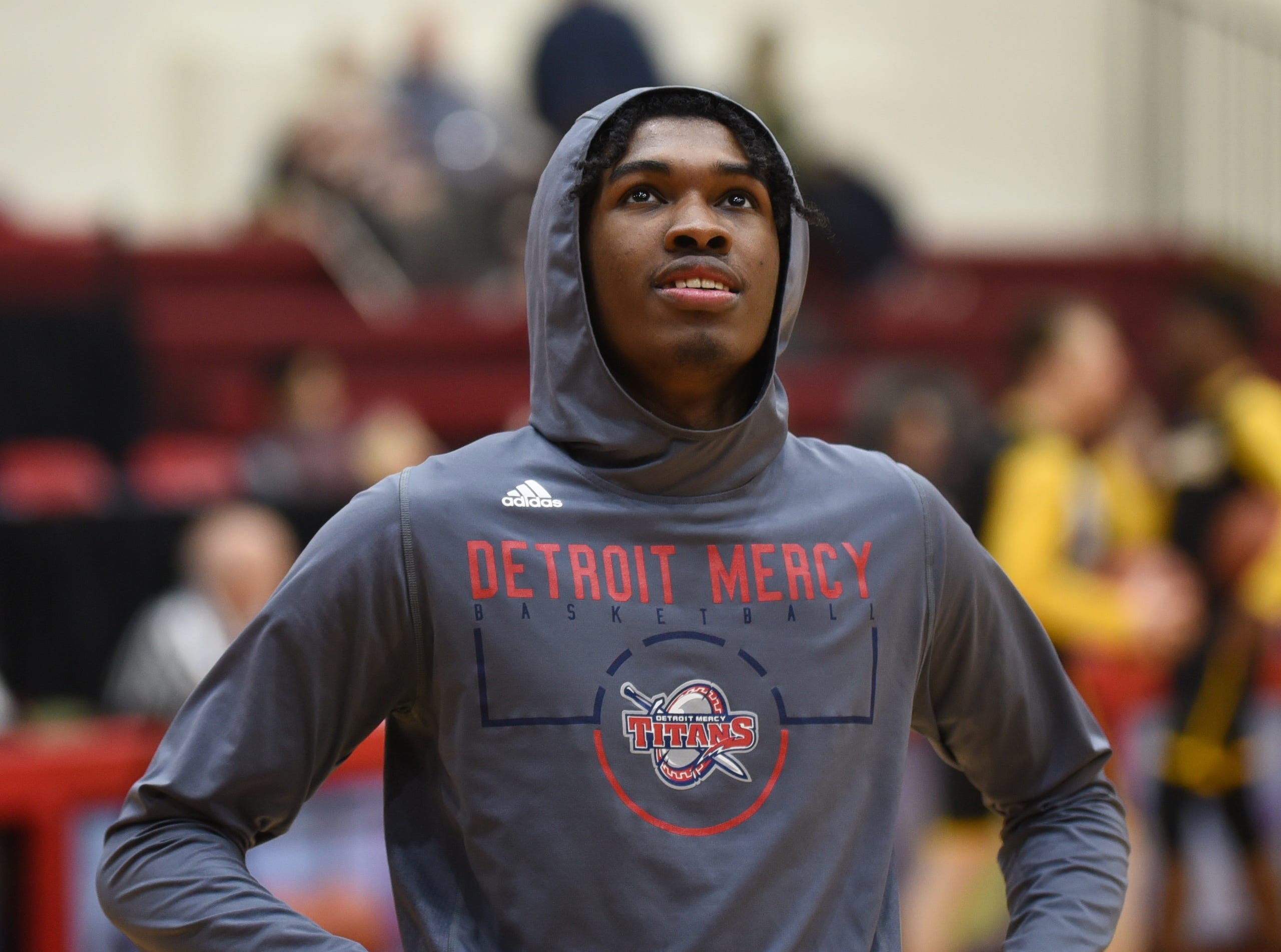 University of Detroit Mercy player Antoine Davis warms up before a game against  the University of Milwaukee.