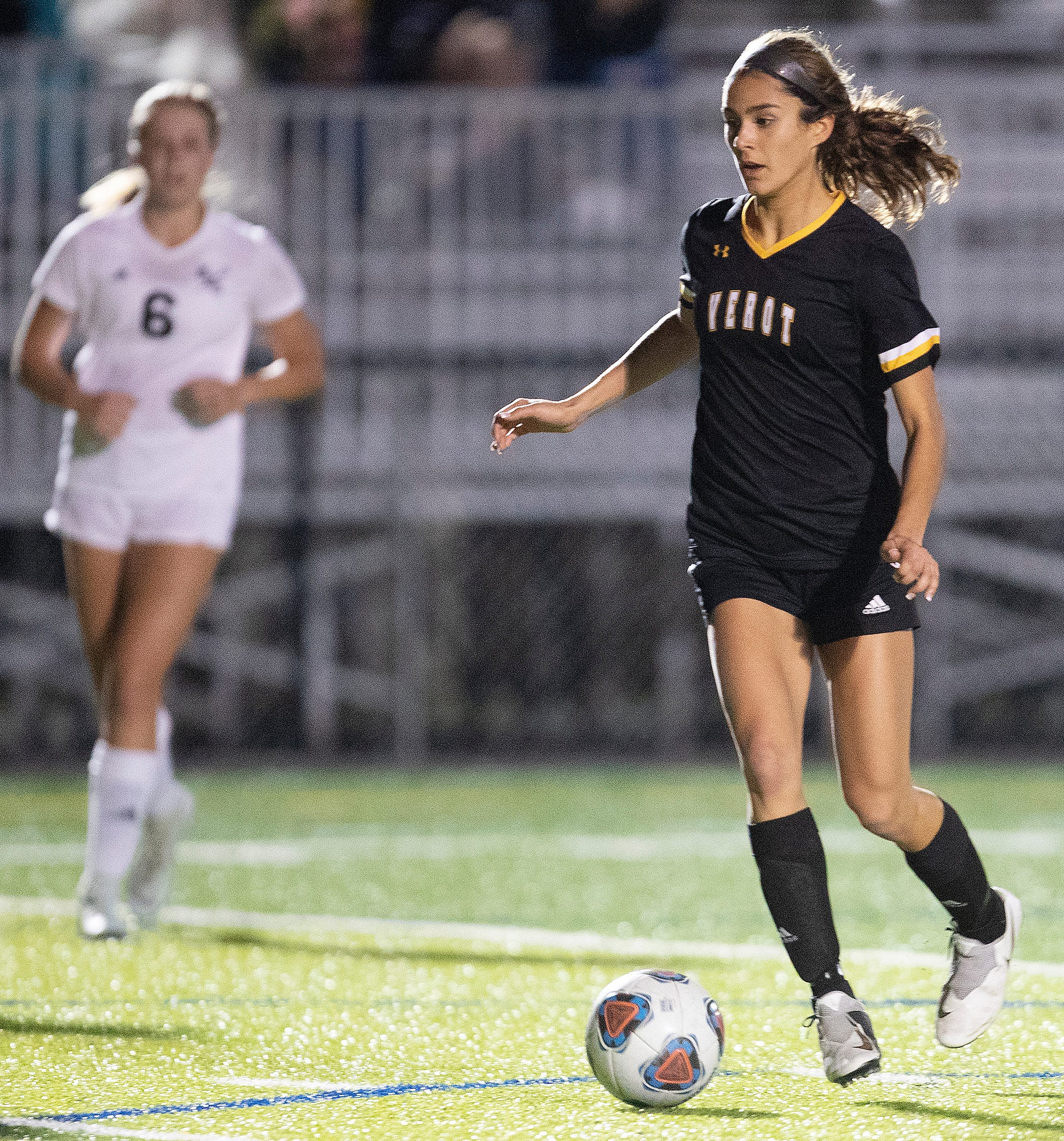 Bishop Verot High School's Nina Gulati fields a pass against Mariner on Wednesday at Bishop Verot in Fort Myers. Verot and Mariner tied 1-1.