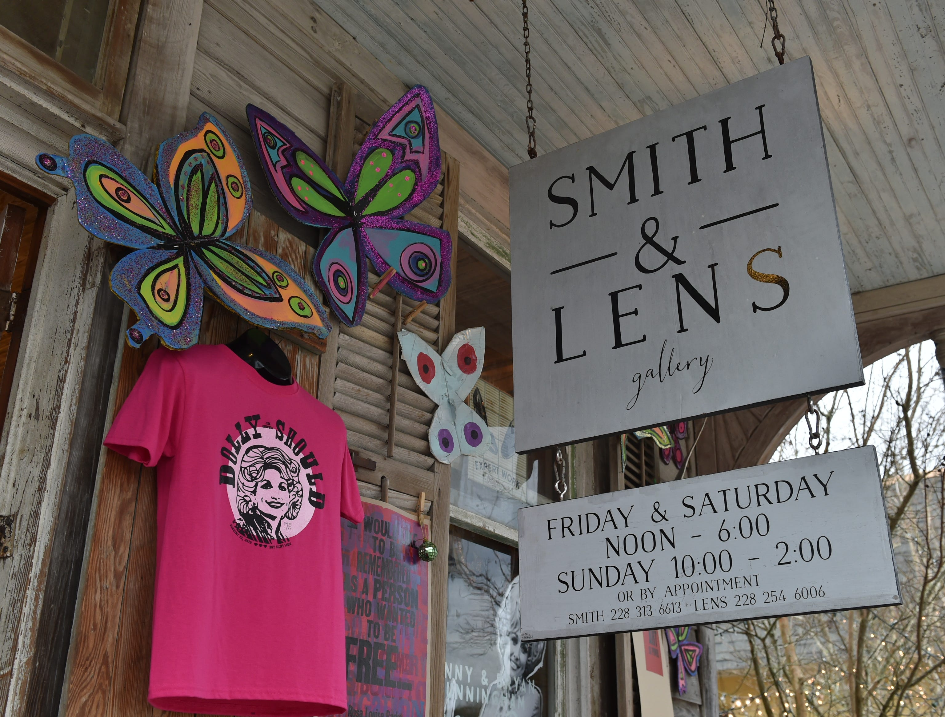 The porch of the Smith & Lens gallery shared by photographer Ann Madden and metalsmith and jewelry designer Sandy Maggio in Bay St. Louis. Saturday, Jan. 12, 2019.
